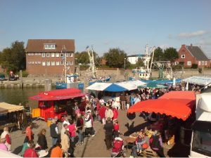 Fischmarkt am Wyker Hafen