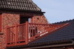 Das Haus bietet Windschutz nach Westen.